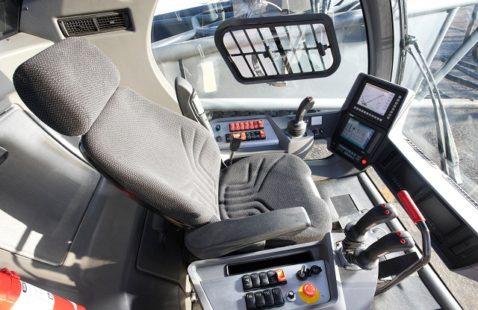 Основные контрольно-измерительные приборы для автокранов